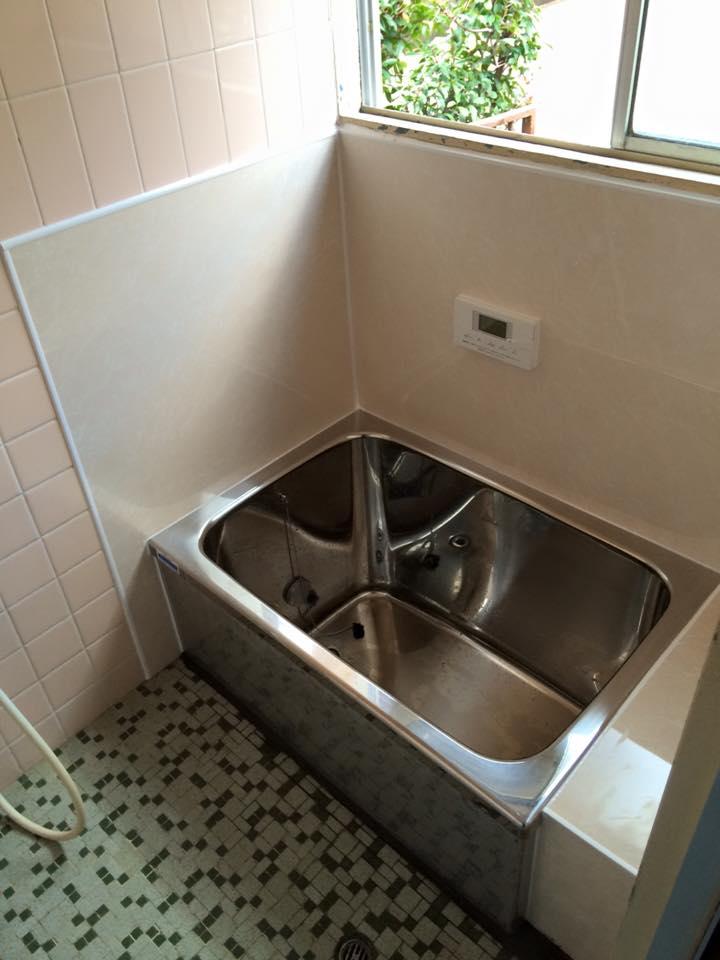 浴槽交換ホーロー浴槽からステンレス浴槽へ