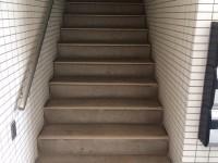 町田市階段広告ビフォー